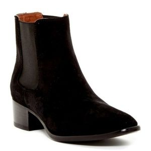 Frye Dara Black Suede Chelsea Pull On Ankle Boots